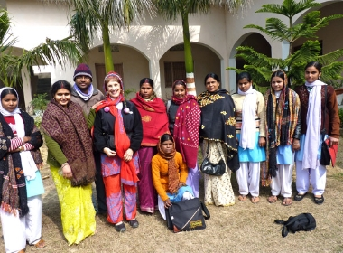 MaryLynne Evans with Gandhi College faculty and students (February 2010)